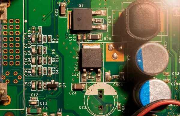 PCBA加工生产线内的防静电设施