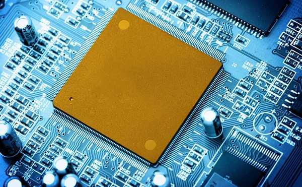PCBA加工元器件和基材的选择